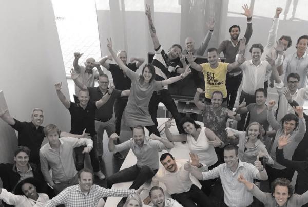group-photo-with-rabobank-employees-and-bammboo